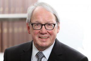 Rechtsanwalt und Notar a.D. Manfred Mönig